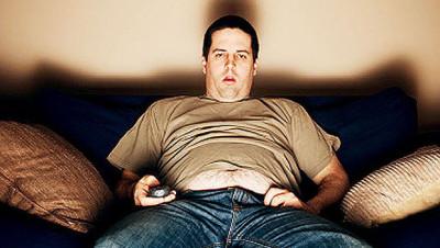 vysedávání u televize- problémy s erekcí